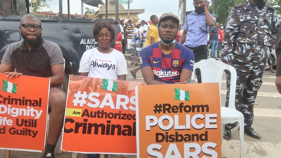 CHILD ABUSE: LAGOS POLICE ARRESTS SUSPECT SEEN KISSING A
